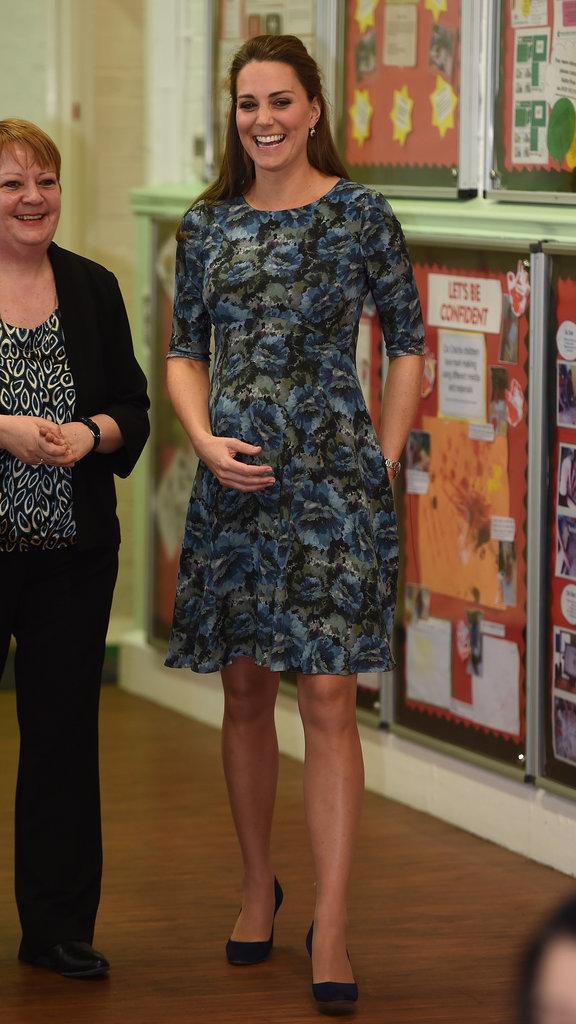 kate middleton pregnancy style, kate middleton pregnancy looks, pregnancy fashion, pregnancy trench coats